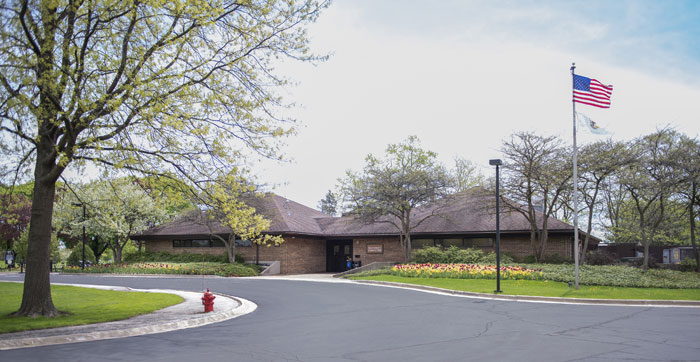 Sportsman's Country Club Clubhouse